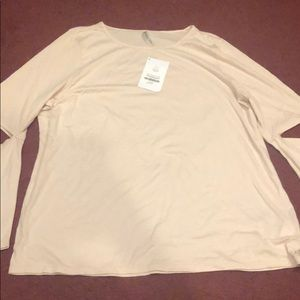 Fabletics long sleeve T BNWT LIGHT PINK 3X
